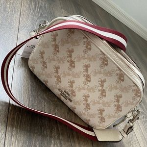 coach jes Crossbody With Horse And Carriage Print